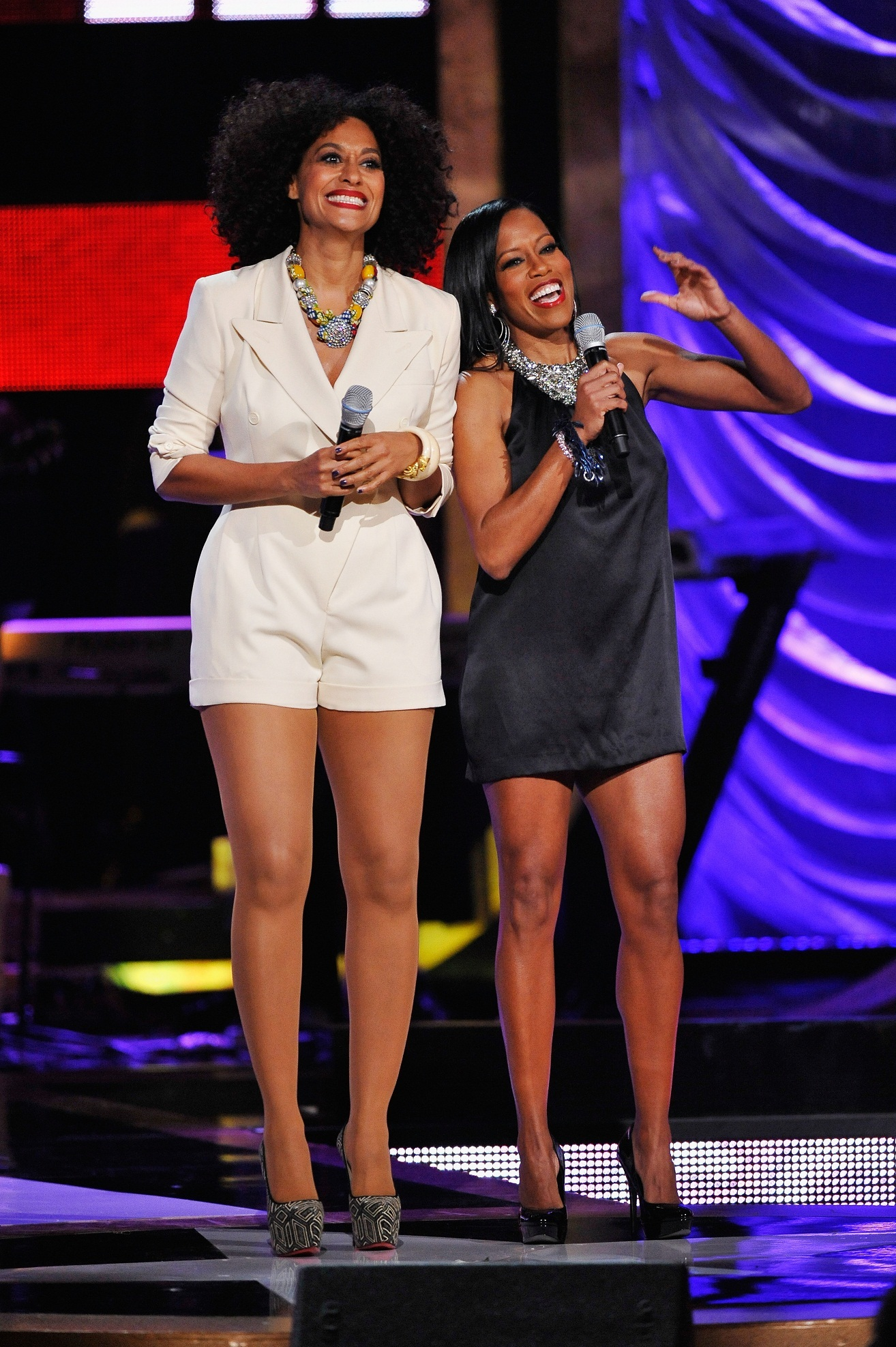 One of hosts Tracee Ellis Ross and Regina Kings outfit changes