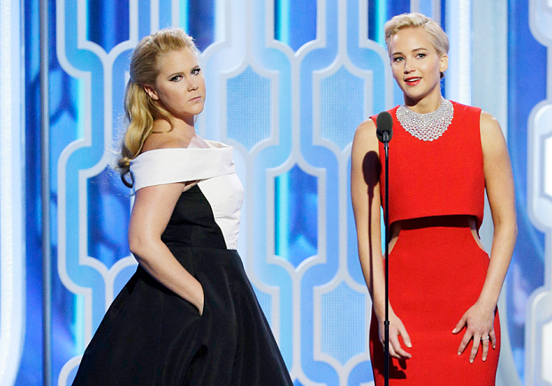 Presenters Amy Schumer and Jennifer Lawrence