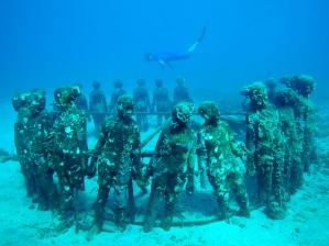 55f87d82c753332a5bcdf117_grenada-underwater-sculpture-park-cr-alamy
