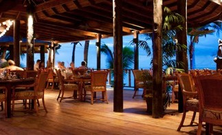 Aquarium_Beach_Restaurant_1